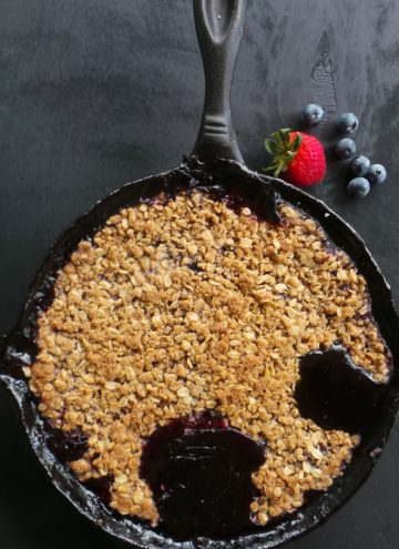 Berries and mint are the star in this GF, Allergy free & Vegan dessert