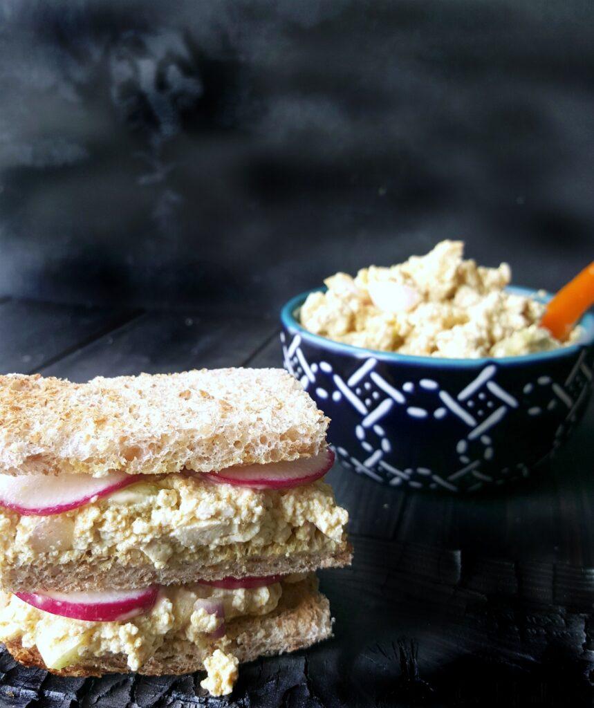 creamy vegan eggless salad sandwich