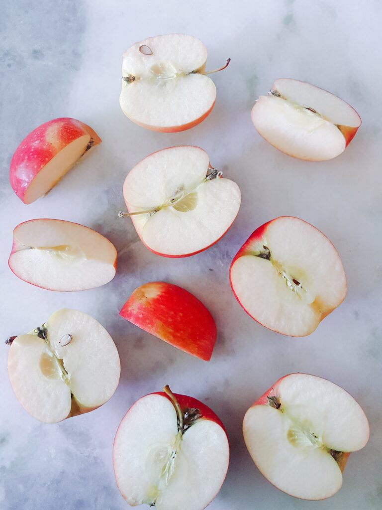 apples for smoothie bowl