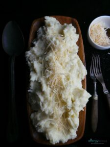 Fool your guests by serving up this perfect blend of Cauliflower Mashed Potatoes. Mix with dairy free butter & cream for an even richer flavor.
