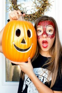 """Safety Tips In addition to choosing allergy-free Halloween makeup, here are a few more ideas to keep this Halloween safe. No mask about it- for kids with asthma, choose a costume that doesn't require a mask. Pack & carry- Be prepared for emergencies! Don't forget to carry a charged cell phone, epi & asthma meds as well as a few safe treats to nibble on along the way. Trick-or-skip- Parents may want to consider alternatives such as a movie night, bowling night or host their own safe Halloween party. The big swap-Allow kids to trick-or-treat with friends but swap out their candy for a big 'ol bag of their own OR trade it in for $money$! What kid can say """"no"""" to that? Teach your trickster-Instruct children with allergies which treats are safe for them to eat OR teach them to leave ALL the candy in the bag until you are able to go through it with them. Toys are cool- Consider leading the way in your neighborhood by offering non-food treats for the kiddos and you'll be the favorite house on the block."""