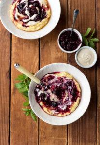 Creamy Berry-Full Polenta from @veganyackattack