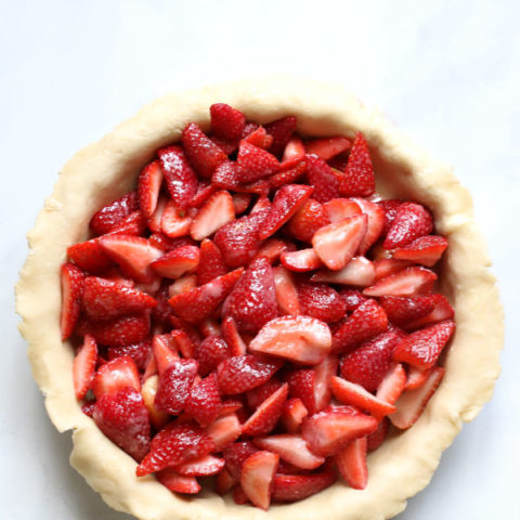 filled strawberry pie
