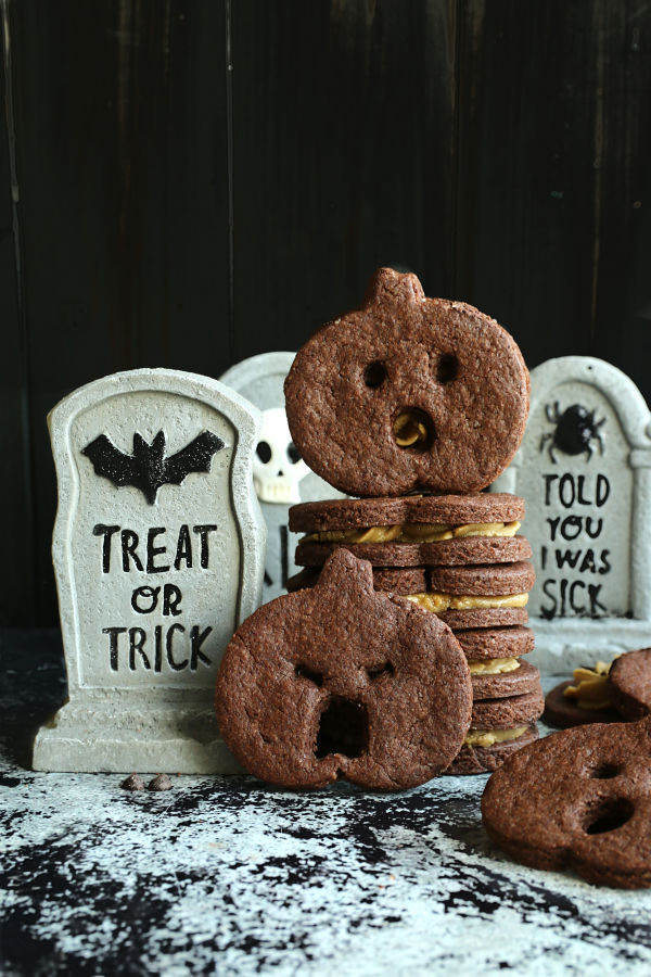 screaming pumpkin chocolate cookies