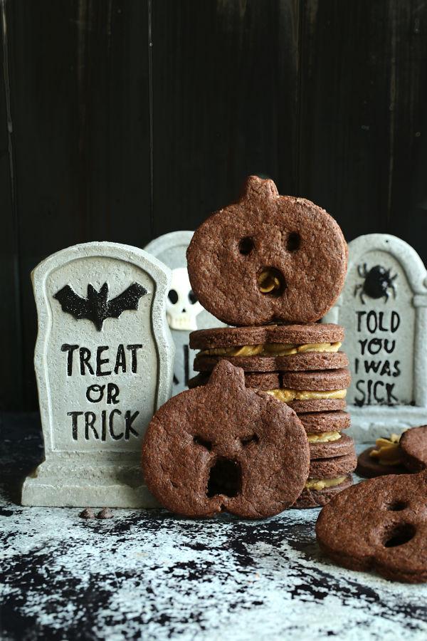 screaming pumpkin chocolate cookies