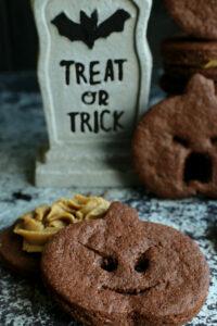 sneaky pumpkin chocolate sandwich cookies