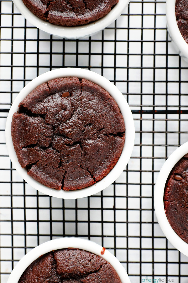 cooling lava cake