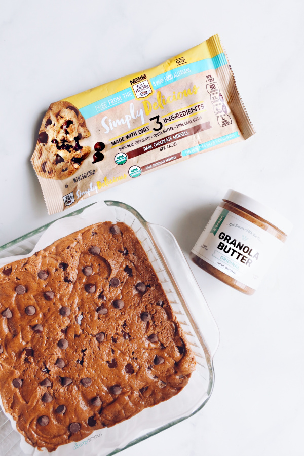 blondie ingredients using Nestle chocolate chips and Granola Butter