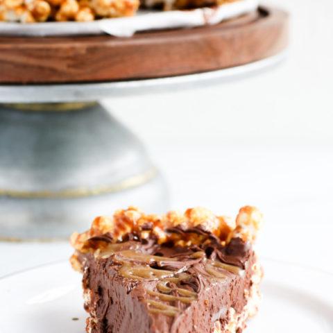 vegan Chocolate popcorn pie