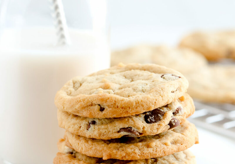 pretty vegan chocolate chip cookies