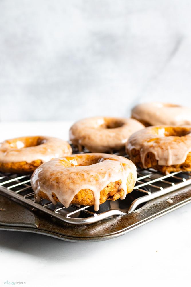 nut-free vegan pumpkin donuts