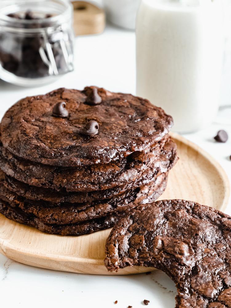 Best Fudgy Brownie Cookies (vegan + nut free)