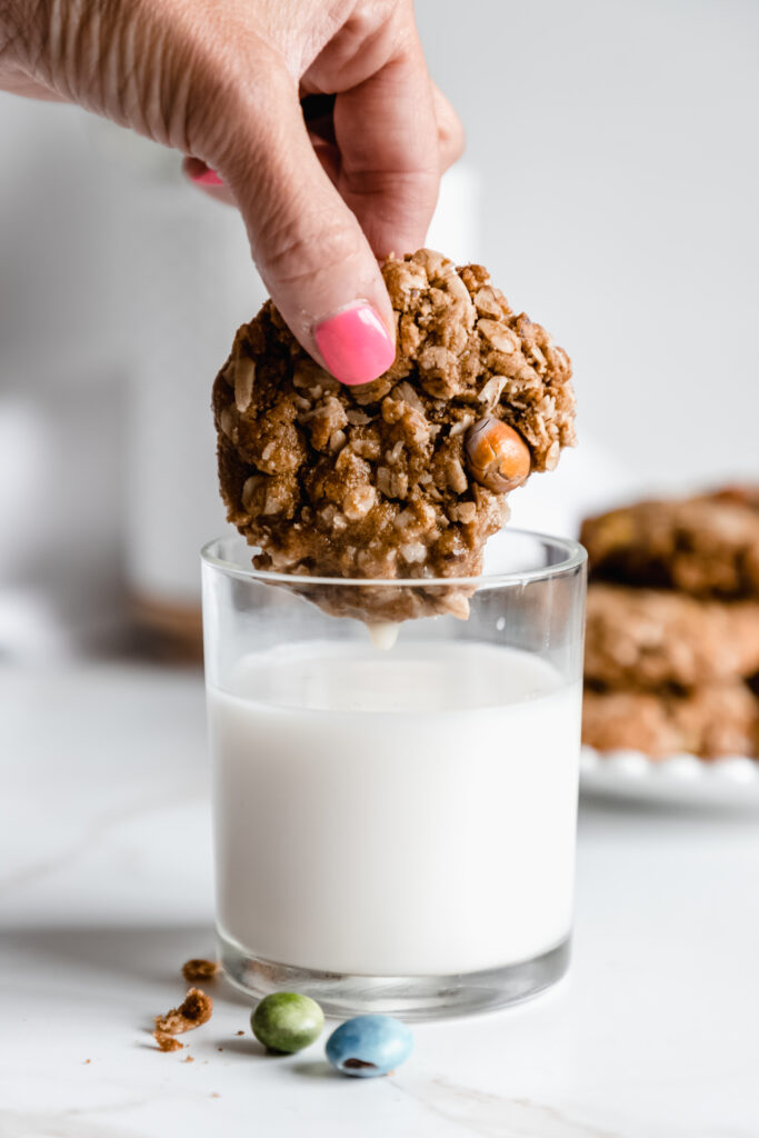 Vegan oatmeal cookies with chocolate candies