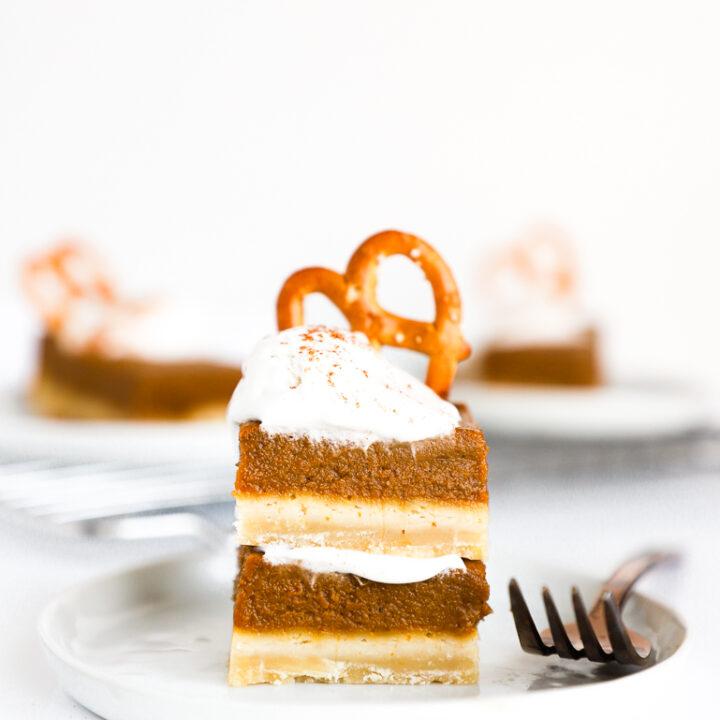 The Best Vegan Pumpkin Pie Bars